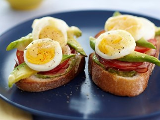 egg and ham bruschetta