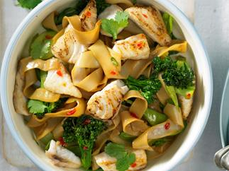 Fish and vegetable stir-fry