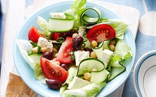 Greek style salad with chickpeas
