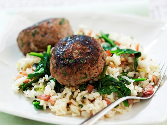 "**[Turkey rissoles with spinach rice](https://www.womensweeklyfood.com.au/recipes/turkey-rissoles-with-spinach-rice-18048|target=""_blank"")**"