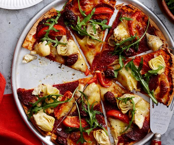Artichoke and salami pizza