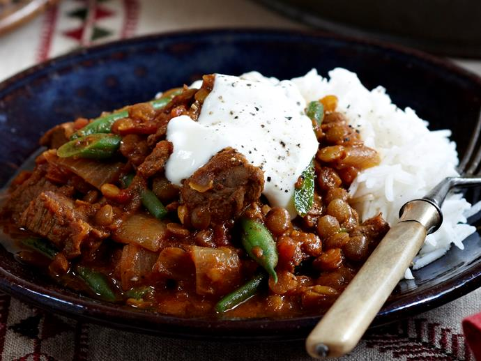 "**[Beef and lentil curry](https://www.womensweeklyfood.com.au/recipes/beef-and-lentil-curry-18155|target=""_blank"")**"