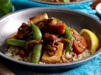 Cashew, sweet potato and tofu curry