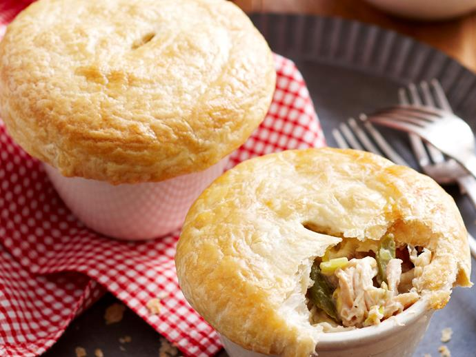 "**[Chicken, asparagus and leek pot pies](https://www.womensweeklyfood.com.au/recipes/chicken-asparagus-and-leek-pot-pies-17676|target=""_blank"")**"