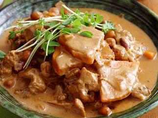 Chicken, bean and pumpkin curry