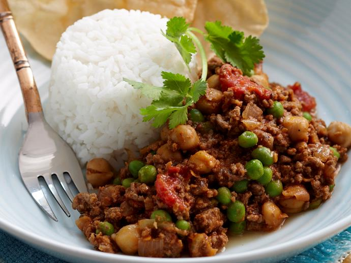 """**[Chickpea mince curry](https://www.womensweeklyfood.com.au/recipes/chickpea-mince-curry-17686