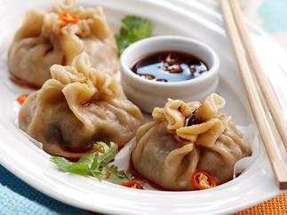 Steamed beef dumplings