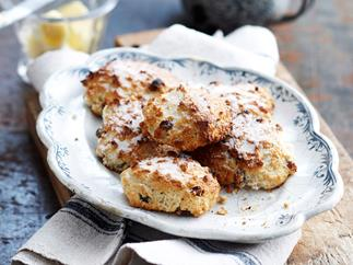 Sultana and Oat Rock Cakes