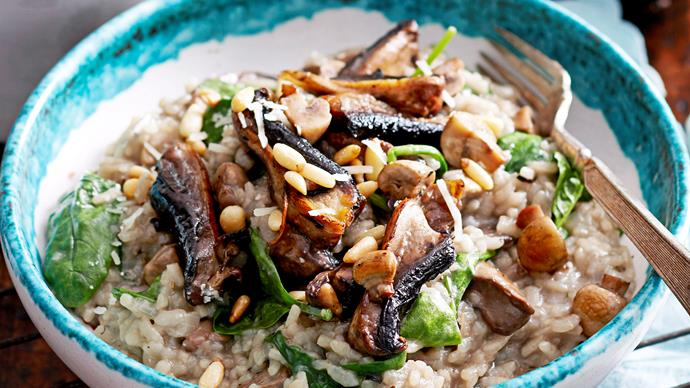 Oven-baked mushroom and spinach risotto
