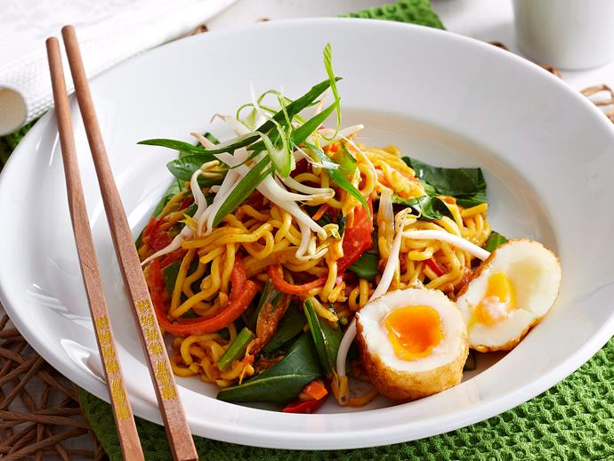 "[Vegetarian Singapore noodles](http://www.foodtolove.com.au/recipes/vegetarian-singapore-noodles-14195|target=""_blank"")"