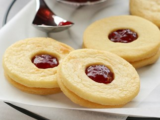 Jam Sandwich Biscuits