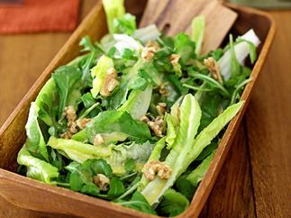 Garden Salad with Walnuts