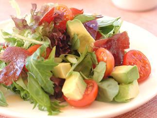 Avocado and Prosciutto Salad