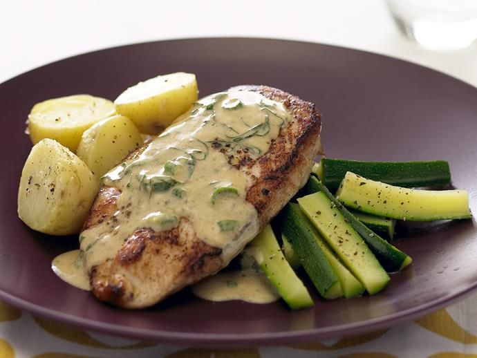 "**[Chicken breast with basil wine sauce](https://www.womensweeklyfood.com.au/recipes/chicken-breast-with-basil-wine-sauce-25286|target=""_blank"")**"
