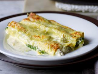 Crab and rocket cannelloni