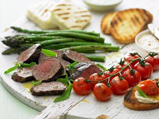 Barbecued lamb and vegetables with haloumi