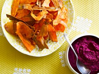 Beetroot hummus with kumara crisps