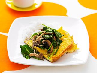 Chinese omelette with garlic spinach