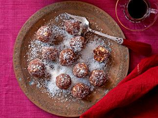 Easy-peasy chocolate balls