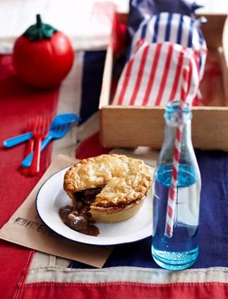 Aussie beef and shiraz pies