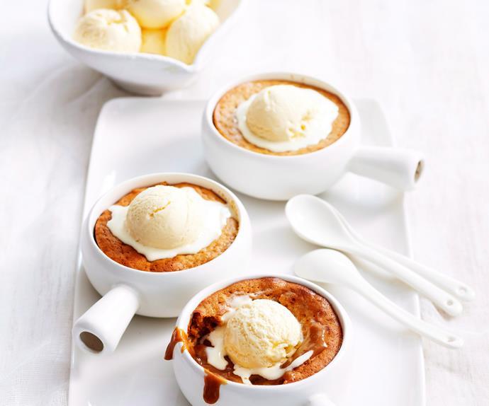 Molten caramel puddings