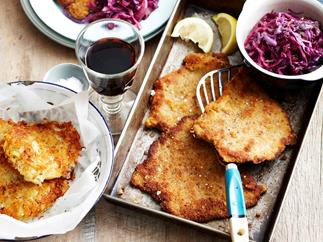 Mustard Veal schnitzel with red cabbage and rosti