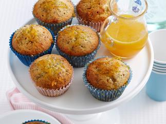 Orange and poppyseed cupcakes