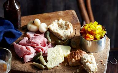 Ploughman's lunch with beer bread