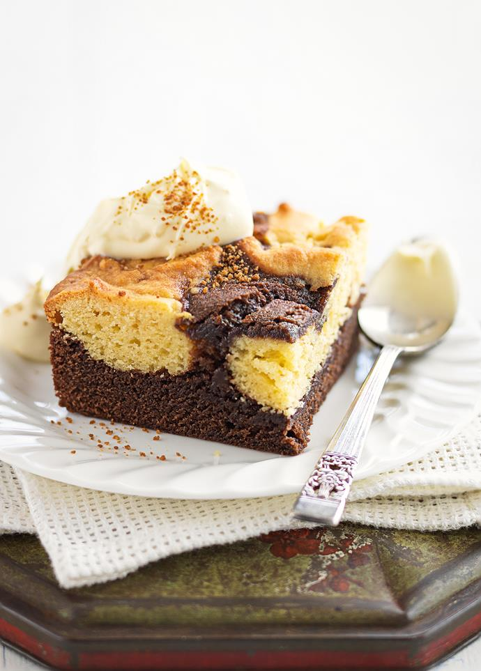 "**[Dark and white chocolate brownies](https://www.womensweeklyfood.com.au/recipes/dark-and-white-chocolate-brownies-25047|target=""_blank"")**"