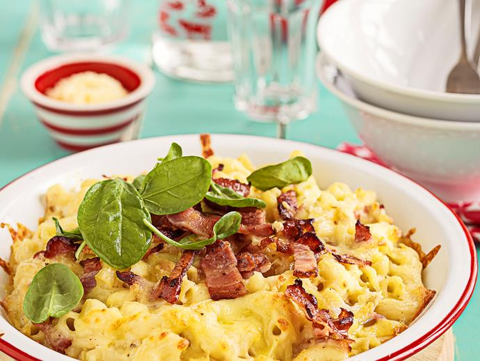 """For a quick and easy dinner, try this [cheesy macaroni bake](https://www.womensweeklyfood.com.au/recipes/macaroni-bake-with-white-sauce-25395