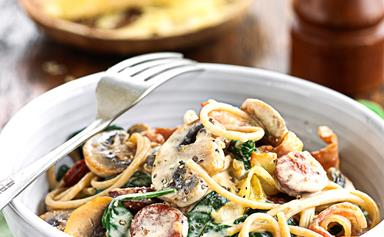 Wholemeal spaghetti with creamy bacon and mushrooms