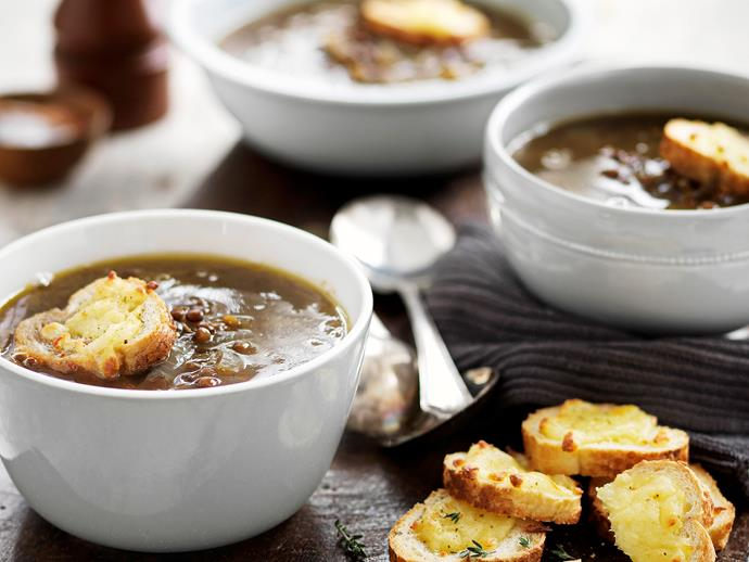"""**[Caramelised onion soup with cheesy floats](https://www.womensweeklyfood.com.au/recipes/caramelised-onion-soup-with-cheesy-floats-25407