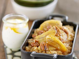 Banoffee caramel rice with honey-glazed bananas and pecans