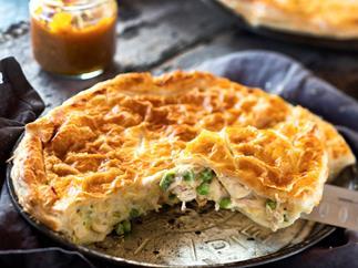 Bee's famous chicken pie