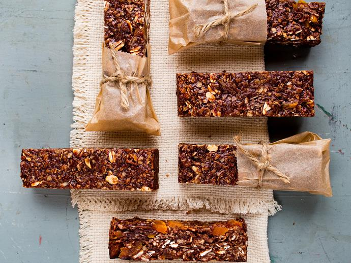 "[Coconut, dark chocolate and almond power bars recipe.](https://www.womensweeklyfood.com.au/recipes/coconut-almond-power-bars-26173|target=""_blank"")"