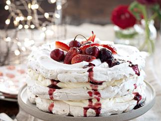 Meringue and spiced berry stack