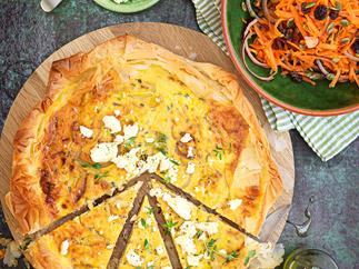 Sweet onion and cottage cheese tart