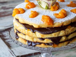 Vanilla Almond Sponge Cake