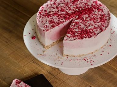 Strawberries and cream raw cheesecake