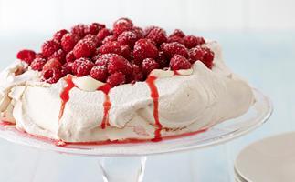 Pavlova with Greek Yoghurt and Raspberries