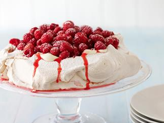 Pavlova with Greek Yoghurt and Raspberries