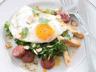 Fried ginger eggs with chicken and chorizo