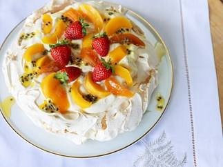 Classic Pavlova with Spiced Peaches and Passionfruit