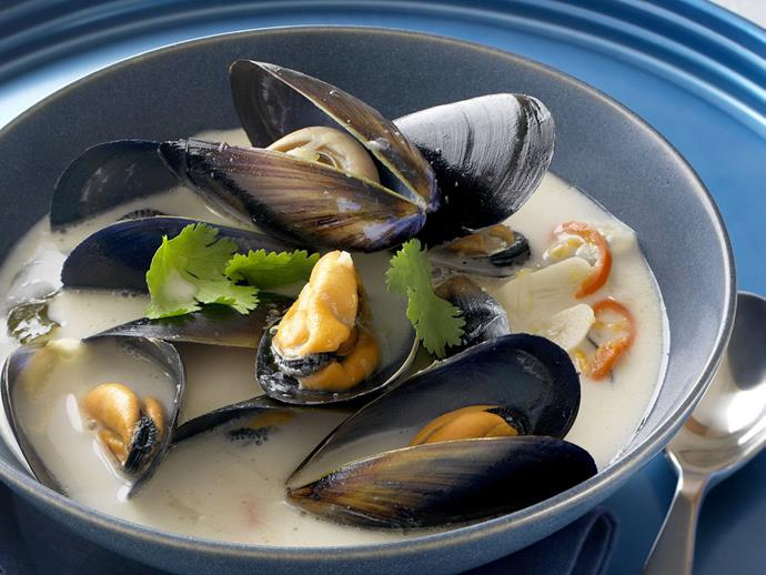 """**[Mussels in spiced coconut broth](https://www.womensweeklyfood.com.au/recipes/mussels-in-spiced-coconut-broth-14708