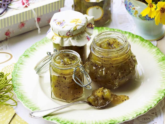 "**[Kiwi fruit and apple jam](https://www.womensweeklyfood.com.au/recipes/kiwi-fruit-and-apple-jam-14779|target=""_blank"")**"