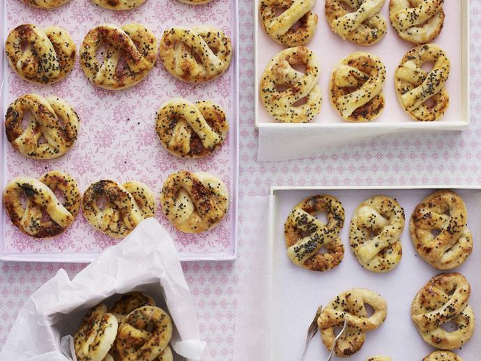 "[Poppy seed pretzels](http://www.foodtolove.com.au/recipes/poppy-seed-pretzels-18898|target=""_blank"")"