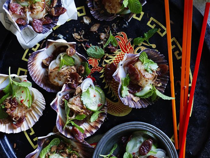 "**[Sesame and ginger scallops with chinese sausage salad](https://www.womensweeklyfood.com.au/recipes/sesame-and-ginger-scallops-with-chinese-sausage-salad-6087|target=""_blank"")**"