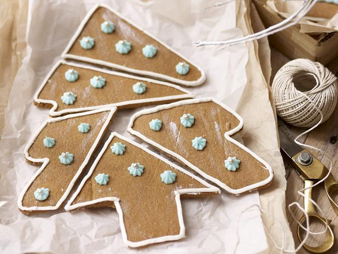 "**Jigsaw puzzle Christmas tree** <br><br> Package jumbled pieces of these delectable Christmas biscuits in a bag or box with a note to tell the recipient they need to solve the puzzle before they can eat it! <br><br> [**Read the full recipe here**](https://www.womensweeklyfood.com.au/recipes/jigsaw-puzzle-christmas-tree-14835|target=""_blank"")"