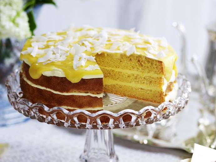 lemon yogurt cake with lemon curd frosting