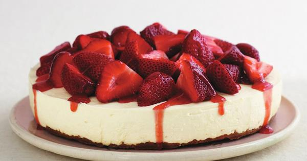 White Chocolate And Strawberry Cheesecake Australian Women S Weekly Food